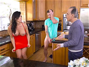 Reagan Foxx cheats on her husband with his son-in-law in the kitchen